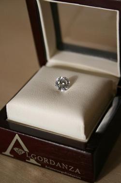 Diamantni pogreb tudi v Sloveniji