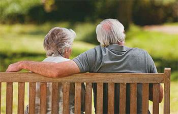 Ljudem v tretjem življenjskem obdobju se v današnjem času posveča veliko več pozornosti, kot se je nekoč.