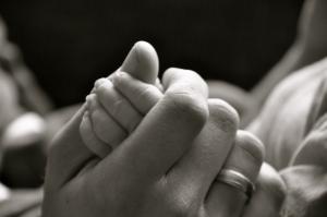 Smrt je takšna kot rojstvo in potrebe umirajočega in rojevajočega se (ter njegove porojevajoče matere) so zelo podobne.